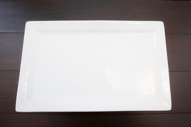 Where to find 18  X 11  White Ceramic Platter in Richmond