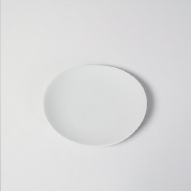 Where to find 6  White Oval Plate in Richmond