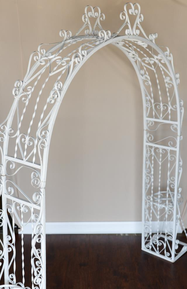 Where to find Wrought Iron Arch in Richmond