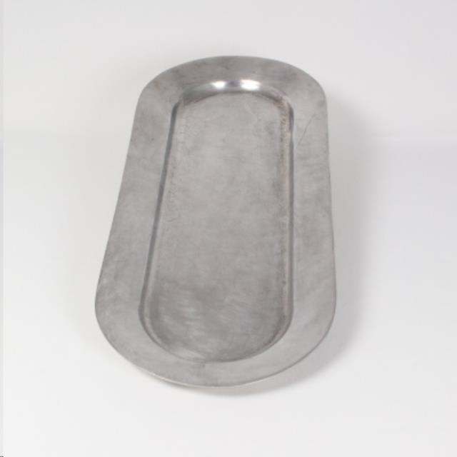 Where to find 26 X10  Oval Polished Alum Tray in Richmond