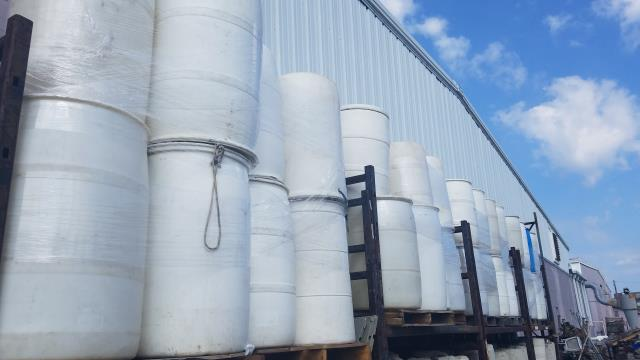 Where to find 75 Gallon Delux Water Barrel in Richmond